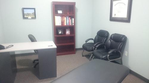 Chiropractic Lincoln NE Office doctors office